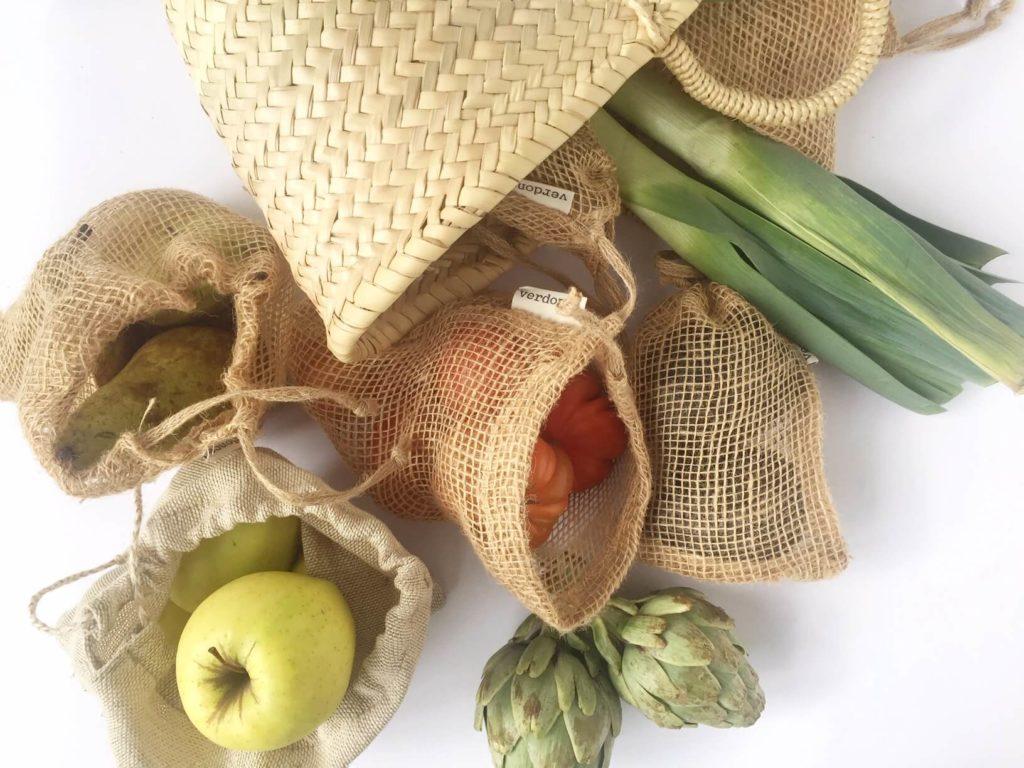Compra de alimentos en bolsas de tela reutilizables