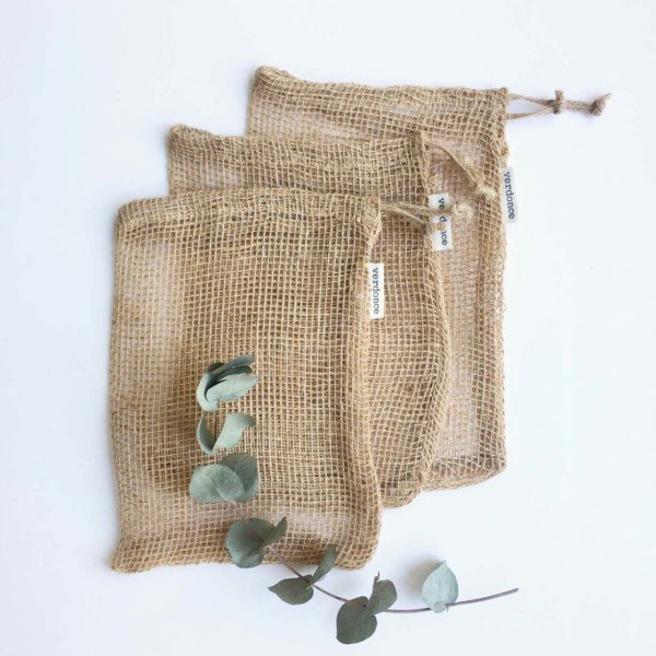 3 medium jute mesh produce bags for zero waste fruit and veg shopping