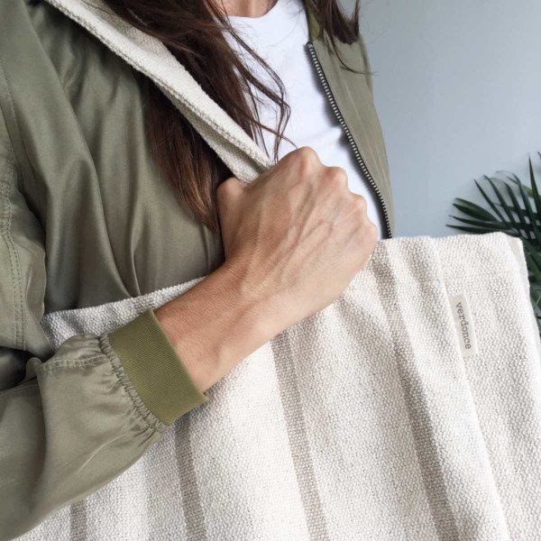 Close up of Verdoce sustainable maxi tote