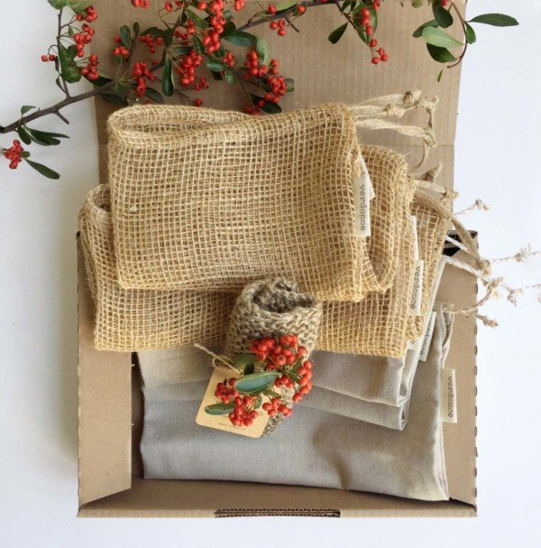 Verdonce gift box with resuable natura fibre bags