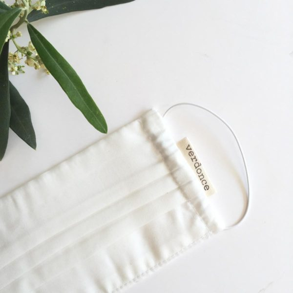 Close up of Verdonce Lyocell plastic-free face mask