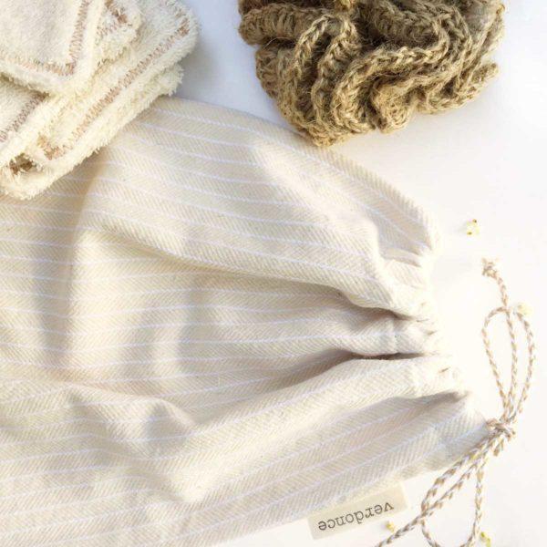 Verdonce cloth kit bag showing jute sponge and makup remover pads