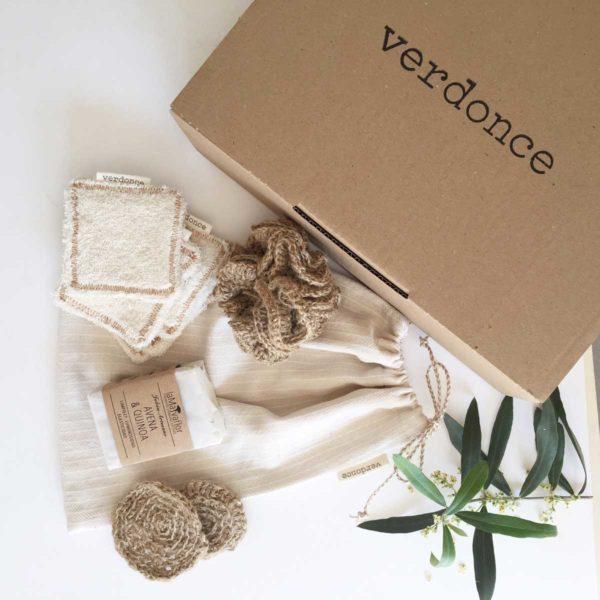 Verdonce vegan skincare kit contents. makeup remover pads, soap, jute sponge, exfoliation discs and kit bag