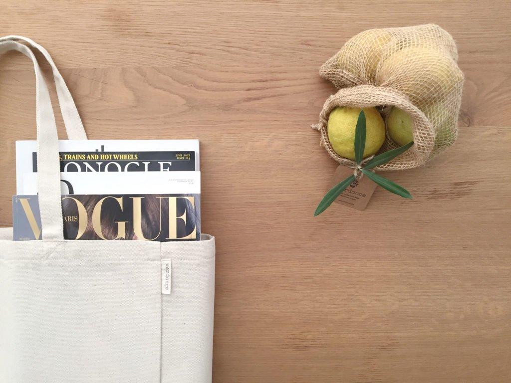 Verdonce tote bag con revistas y bolsa de tela de jute con limones