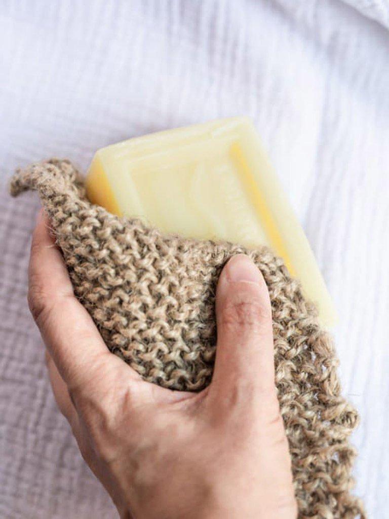 Estropajo sostenible verdonce con jabon