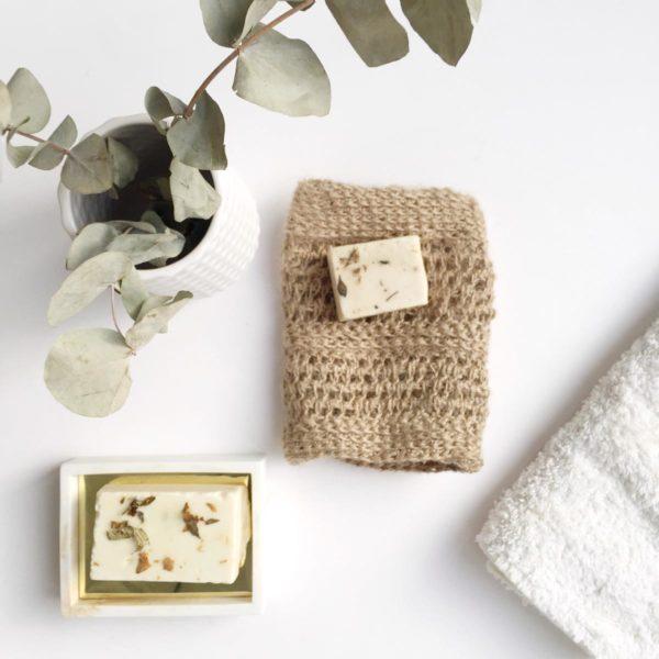 Jabón natural con manopla de yute de Verdonce