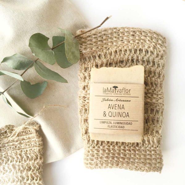 Manopla de yute natural con jabon de avena y quinoa