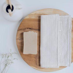 Toalla tocador eco verdonce con jabón artesanal